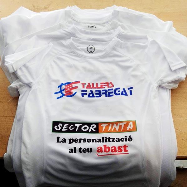 camisetas-deportivas-con-publicidad-impresa-por-la-parte-posterior