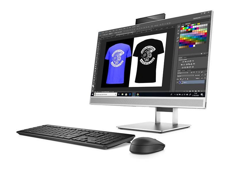 ordenador de sobremesa mostrando un diseño de un cliente