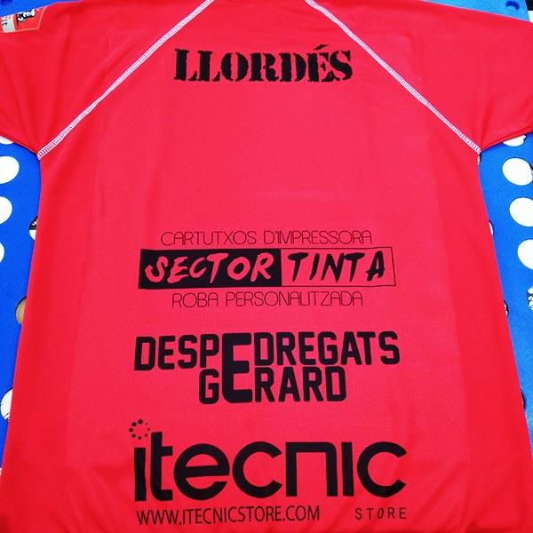 publicidad-impresa-en-camiseta-despedregats-gerard